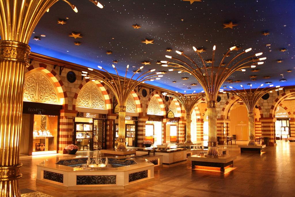 Bán gấp khách sạn nằm trung tâm thành phố 15 phòng 5 tầng giá 7,5 tỷ