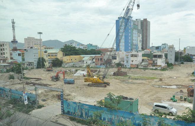 Lô đất đẹp mặt tiền Phạm Văn Đồng. DT: 254 m2. Giá: 18,5 tỷ