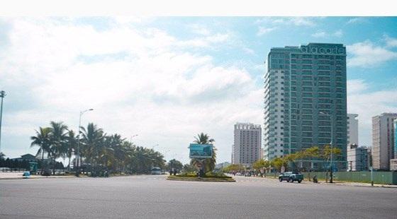 Bán lô đất 2MT đường Võ Nguyên Giáp và Loseby, Sơn Trà.