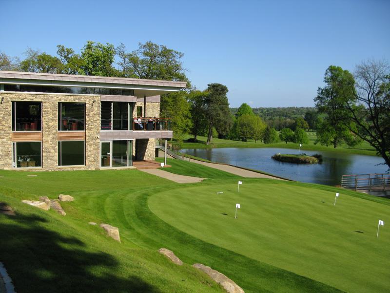 Biệt thự sân Golf The Montgomerie Link, 2 tầng nhỏ gọn