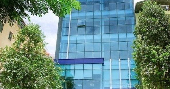Cho thuê văn phòng Trần Hưng Đạo, quy mô 7 tầng, với 1400m2 sàn, nhìn ra cầu Rồng
